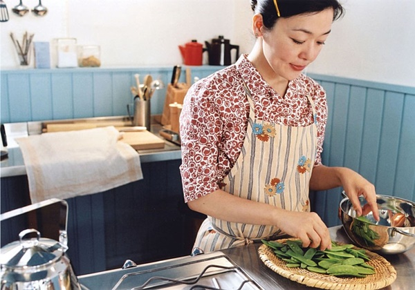 ▲영화 '카모메 식당' 스틸컷(엔케이컨텐츠)