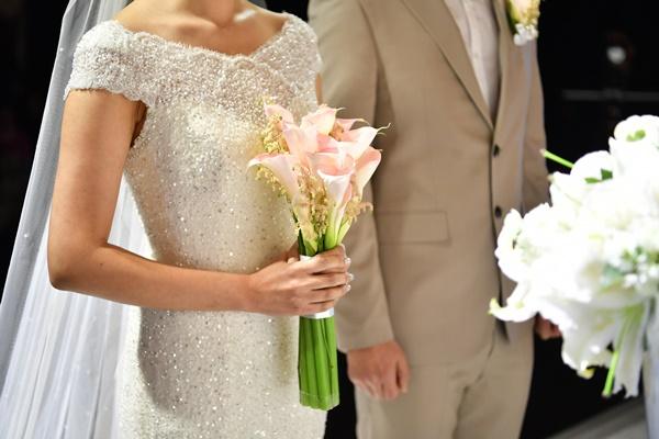 ▲유튜브로 결혼식 영상을 보며 식순을 익히는 것도 예상치 못한 실수를 줄이는 방법이다.