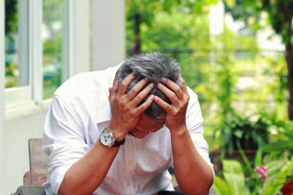 ▲50대 중년 남성들이 우울증으로 고통받고 있다.