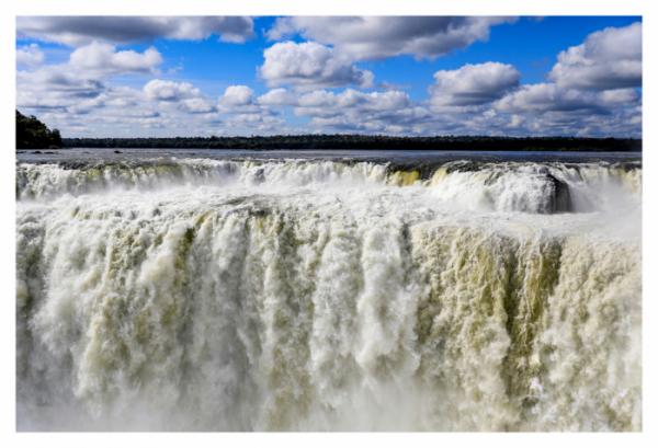 ▲아르헨티나령 이구아수 폭포의 '악마의 목구멍'(사진제공 장은미)