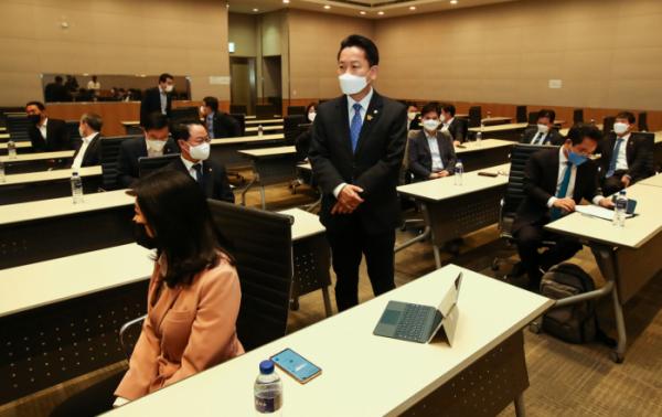 ▲더불어민주당 고영인 의원이 지난 4월 초선 의원 모임을 주최한 모습