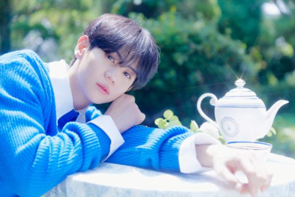 ▲첫 정규앨범 '초콜릿 박스'를 발매한 하이라이트 멤버 양요섭(사진제공=어라운드어스)