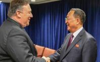 """북한, 핵·미사일 실험 중단 표명… 트럼프 """"환영"""""""