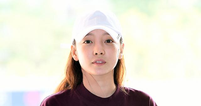 [BZ초점]'경찰 출석' 구하라VS남친 A씨, 진실공방의 끝은?