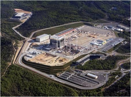 ▲모비스는 전통의 기초과학 강국의 기업들과 경쟁해 국내 기업으로는 최초로 국제핵융합실험발전로(ITER)의 중앙 통제 시스템 개발을 수주하면서 세계를 놀라게 했다. 사진은 ITER 조감도. 사진제공 모비스