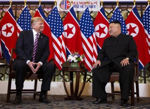 ▲도널드 트럼프(왼쪽) 미국 대통령과 김정은 북한 국무위원장. (하노이/AP뉴시스)