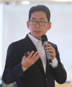 ▲SK하이닉스가 지난 6월 연구위원(전무급)으로 영입한 데이터사이언티스트 김영한 교수.(사진제공=SK하이닉스)
