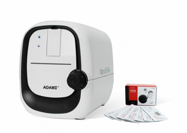 ▲조혈줄기세포 자동계수기 ADAMⅡ-CD34(사진제공=나노엔텍)