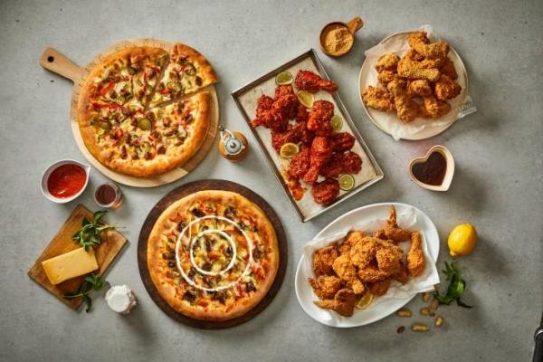 ▲피자 & 치킨 전문점 '피자와 치킨의 러브레터' 메뉴.