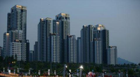 ▲서울 서초구 한강 둔치에서 바라본 반포동 일대 아파트 단지 모습.(연합뉴스)