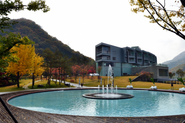 ▲마이다스 호텔&리조트 정원.(사진제공=대교)