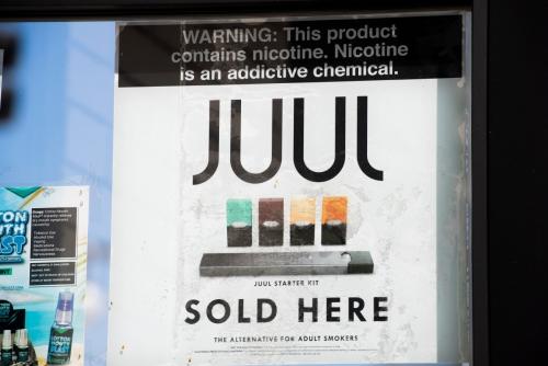 ▲전자담배 업체 쥴이 17일(현지시간) 가향 전자담배 판매를 즉시 중단한다고 밝혔다.