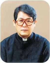 ▲김영식 신부 (사진=천주교 마산교구 홈페이지)