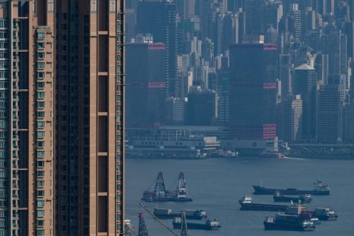 ▲홍콩 빅토리아 항 주변으로 고층 건물들이 늘어서 있다. 홍콩/AFP연합뉴스