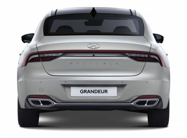 ▲더 뉴 그랜저는 △2.5 가솔린 △3.3 가솔린 △2.4 하이브리드 △3.0 LPi 등 총 네 가지 엔진 라인업으로 출시된다.  (사진제공=현대차)