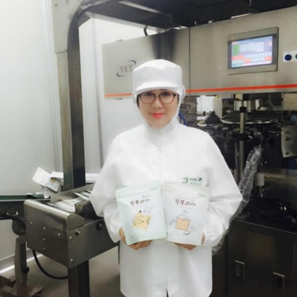 ▲두부과자 생산업체인 쿠키아의 김명신 대표. (사진제공=농림축산식품부)
