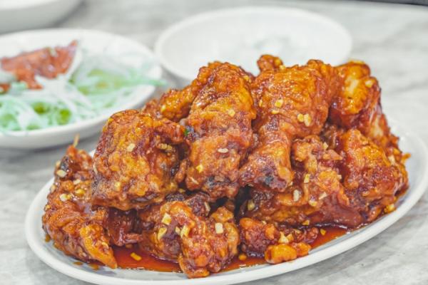 ▲먹음직스러운 닭강정.
