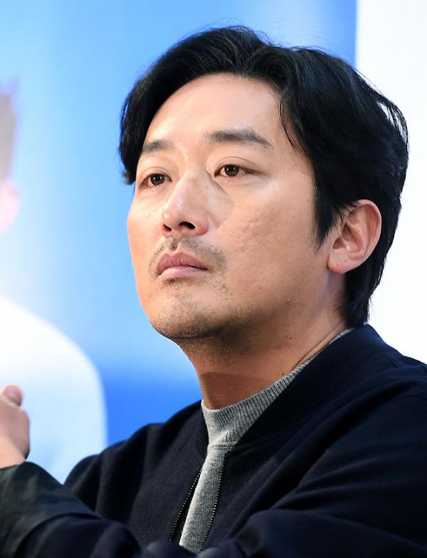 ▲하정우 측이 프로포폴 의혹에 대해 해명했다.  (사진제공=비즈엔터)