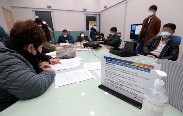 소상공인 2차 대출지원, 내일부터 '1000→2000만원'으로 상향