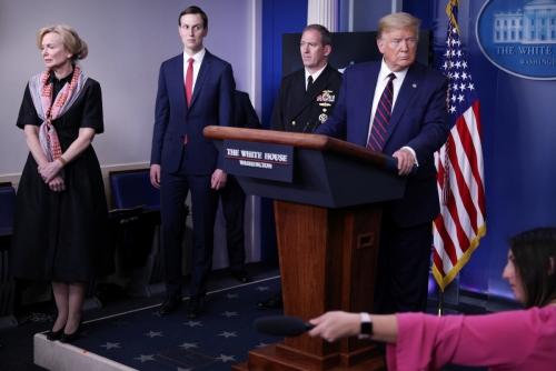 ▲2일(현지시간) 미 백악관 브리핑룸에서 도널드 트럼프 미국 대통령이 기자 질문에 답하고 있다. 워싱턴D.C./로이터연합뉴스