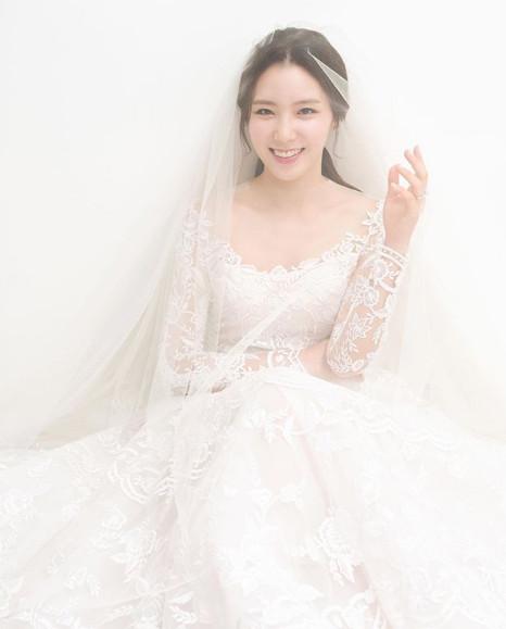 ▲연상은 아나운서가 동갑내기 연인과 결혼한다.  (출처=연상은SNS)