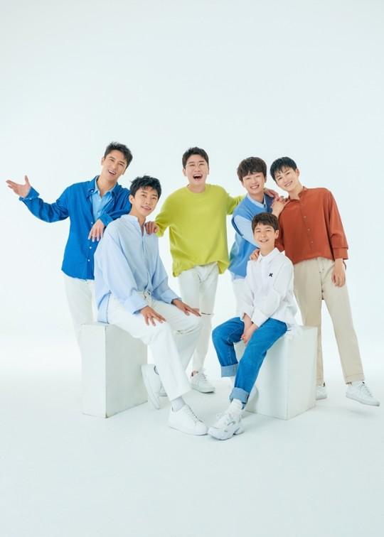 ▲ TV조선 '미스터트롯'에서 활약한 6인의 공식 팬카페가 개설됐다.  (사진제공=뉴에라프로젝트)