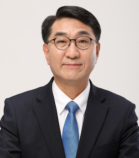 ▲이지수 해외언론비서관 (청와대 제공)