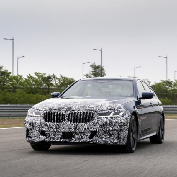▲BMW 코리아가 5시리즈와 6시리즈 신형 모델의 월드 프리미어를 27일 인천 영종도 BMW 드라이빙센터에서 진행한다.  (사진제공=BMW코리아)