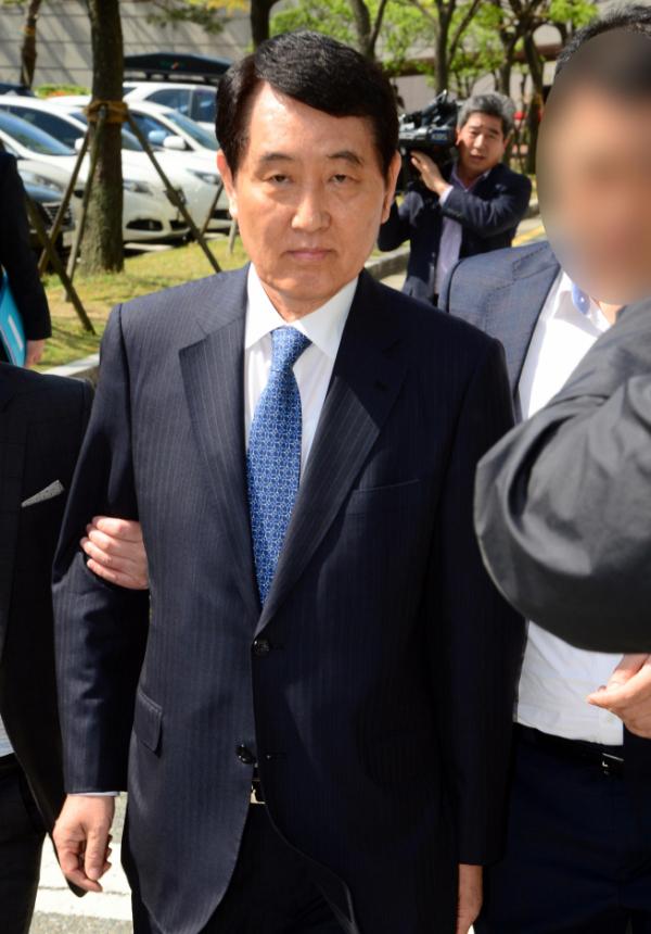 ▲성세환 전 BNK금융지주 회장.