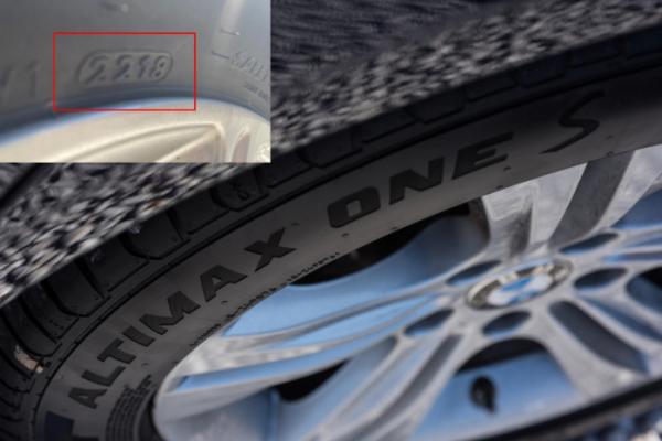 ▲타이어 옆면에 새겨진 4자리 숫자가 제조일자다. 2218이라고 쓰여있다면 2018년 22주차(6월)에 생산된 타이어라는 뜻이다.  (사진제공=뉴스프레스)