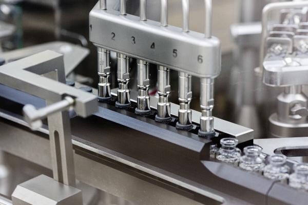▲미국 길리어드사이언스의 의약품 제조시설에서 렘데시비르가 생산되고 있다. AP뉴시스