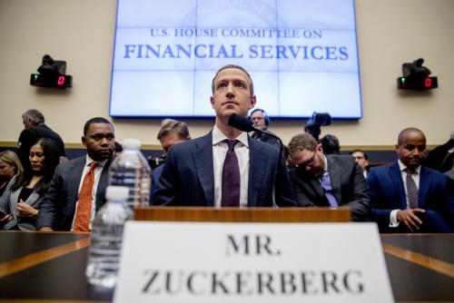 ▲마크 저커버그 페이스북 최고경영자(CEO)가 지난해 10월 23일(현지시간) 열린 미국 하원 금융서비스위원회 청문회에 출석하고 있다. 워싱턴D.C./AP뉴시스