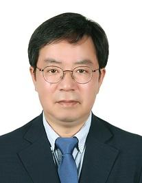 ▲최영진 개인정보보호위원회 부위원장 (청와대 제공)