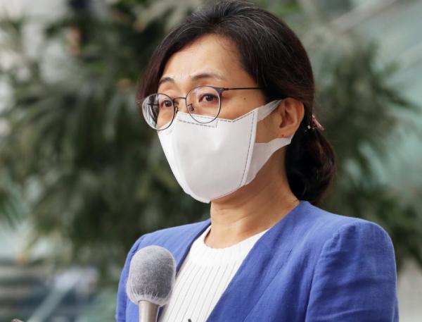 ▲은수미 성남시장이 9일 정치 자금법 위반에 대한 대법원의 원심 파기 환송 이후 입장을 밝히고 있다.  (연합뉴스)
