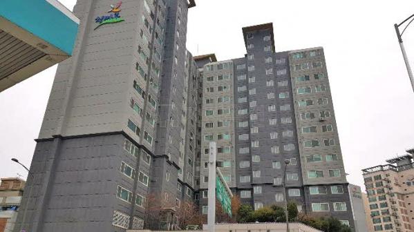 ▲서울 강동구 둔촌동 426 세양청마루 아파트. (사진 제공=지지옥션)