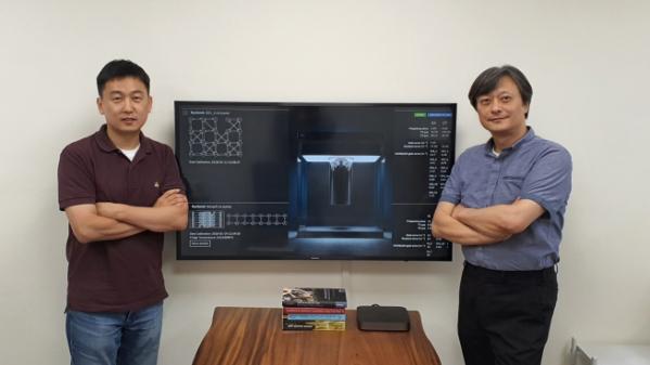 ▲(왼쪽부터) KAIST 인공지능 양자컴퓨팅 IT인력양성 연구센터 배준우 교수, 이준구 센터장 (카이스트 제공)