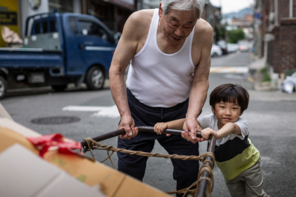 ▲코로나19로 인한 위기는 저소득층에겐 '현재진행형'이다. (게티이미지뱅크)