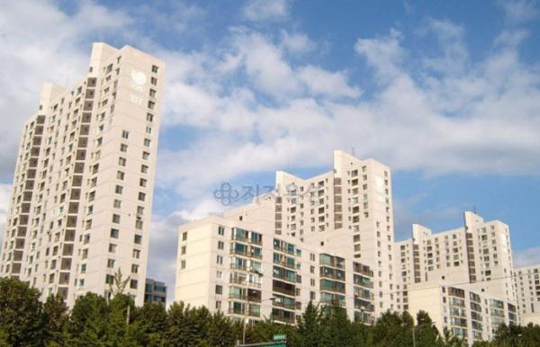 ▲서울 송파구 방이동 89 올림픽선수기자촌. (사진 제공=지지옥션)