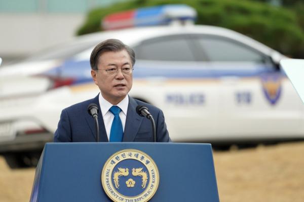 ▲문재인 대통령이 제75주년 경찰의날 기념식에서 연설하고 있다. (청와대 제공)