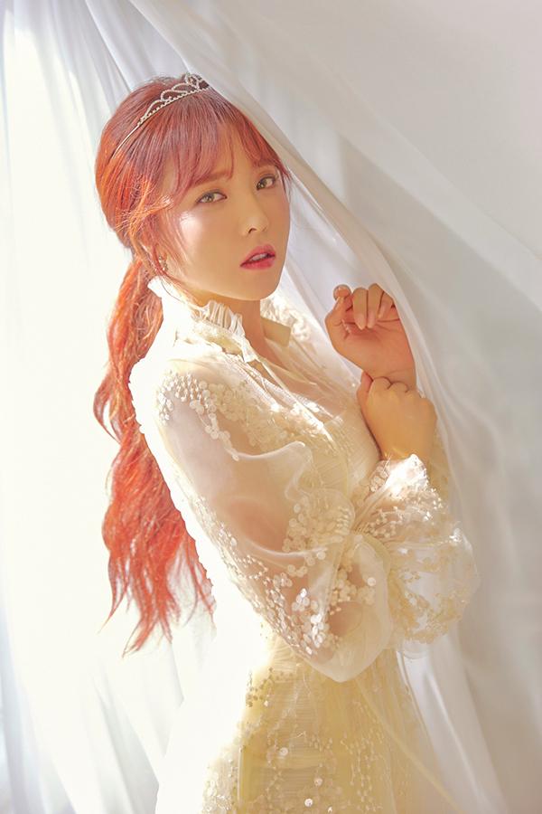 홍진영, SNS를 통해 2 개월 만에 최신 상황 공개 … 리턴 신호?