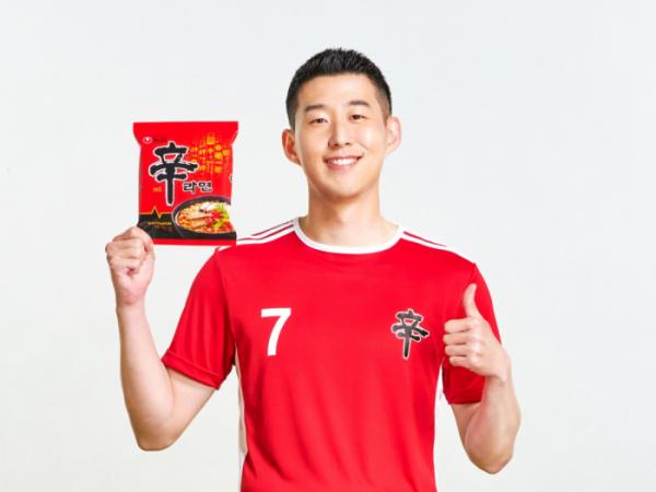 ▲손흥민 선수가 광고모델로 활약하는 농심 신라면 (사진제공=농심)