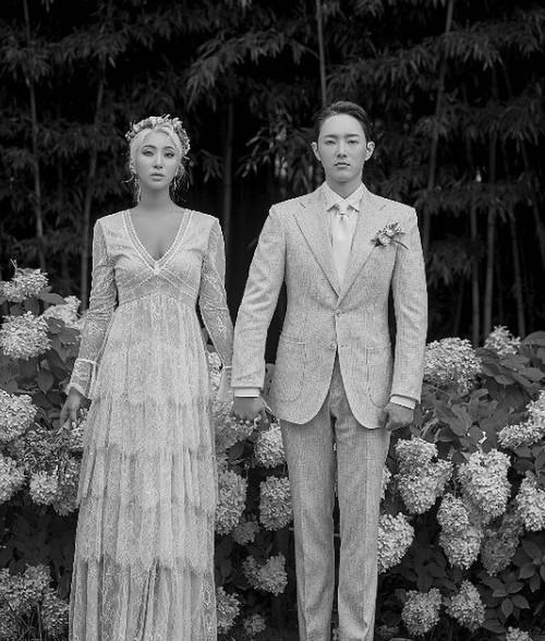 ▲자이언트핑크 결혼 (출처=자이언트핑크SNS)