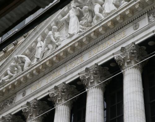▲미국 뉴욕의 뉴욕증권거래소(NYSE) 외관. NYSE는 4일(현지시간) 성명을 내고 중국 3대 통신사들을 증시에서 퇴출하지 않겠다고 밝혔다. 뉴욕/UPI연합뉴스