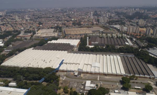 ▲브라질 상파울루주 상베르나르도 도 캄포의 포드 생산 공장 전경. 포드는 1월 11일(현지시간) 브라질 내 제조 공장을 모두 폐쇄하고 생산을 중단한다고 밝혔다.  (연합뉴스)