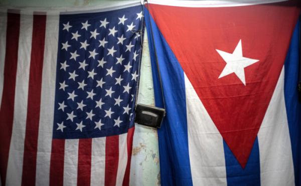 ▲미국 성조기와 쿠바 국기. (AP뉴시스)