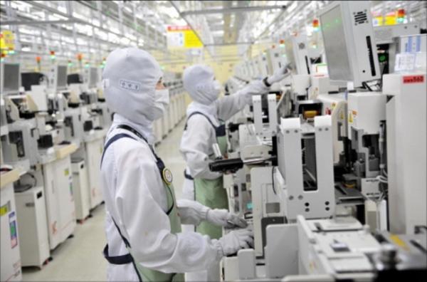 ▲삼성전자 반도체 공장  (사진제공=삼성전자 )