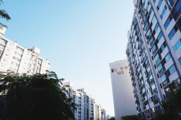 ▲서울 양천구 목동 우성1차 아파트 전경. (네이버부동산)