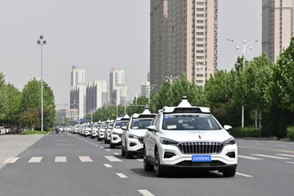 ▲'아폴로' 프로젝트를 앞세워 자율주행차의 가능성을 살펴온 중국 바이두는 최근 지리자동차와 합작해 바이두 자동차를 설립했다.  (출처=바이두)