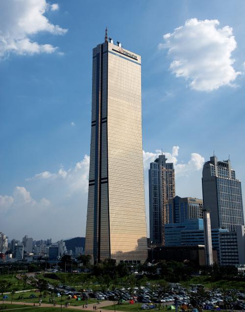▲한화생명 63빌딩 전경 (사진제공=한화생명)