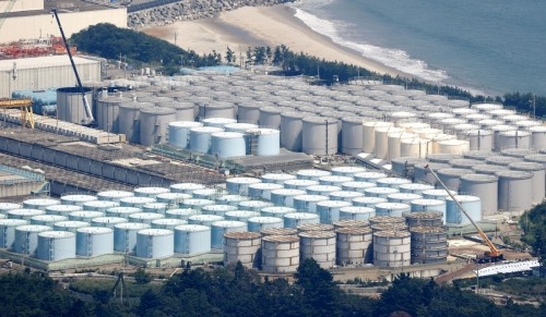 ▲일본 후쿠시마 제1원전 오염수 탱크의 보습이 보인다. 연합뉴스